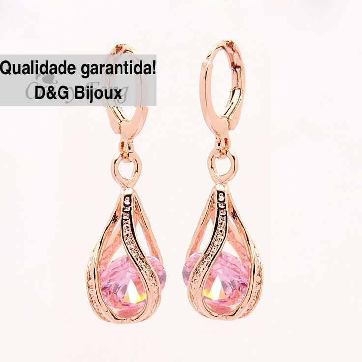 Brinco feminino de argola em ouro 18 quilates e cristal de quartzo rosa de alto brilho e elegância,qualidade garantida pela D&G Bijoux R$25,00 para comprar clique na imagem do produto e visite nosso site