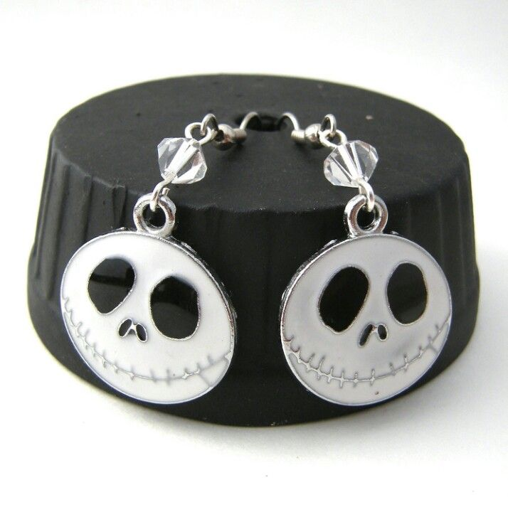 Nightmare Before Christmas earrings | Earrings I Need!!! | Pinterest