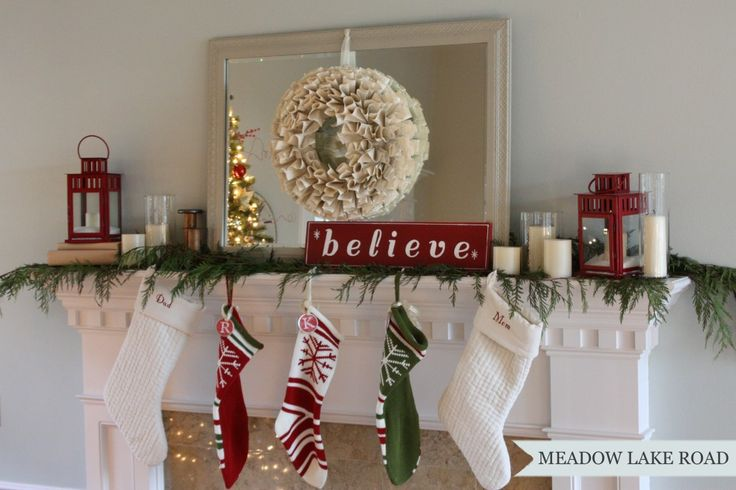Christmas Mantel and Tree Decorations - Meadow Lake Road