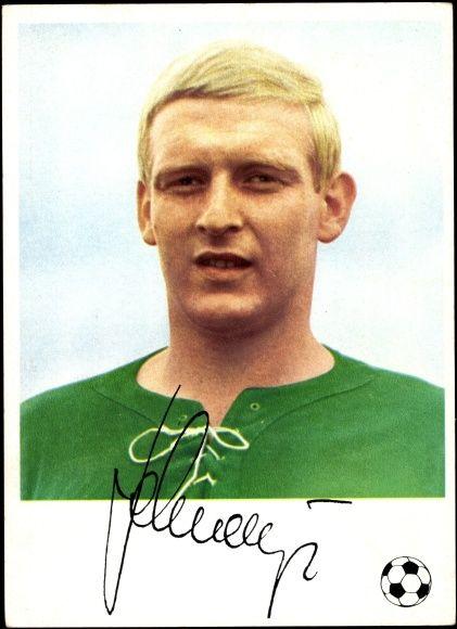 Ansichtskarte / Postkarte Fußballer Karl Heinz Schnellinger, AC Mailand, Knorr