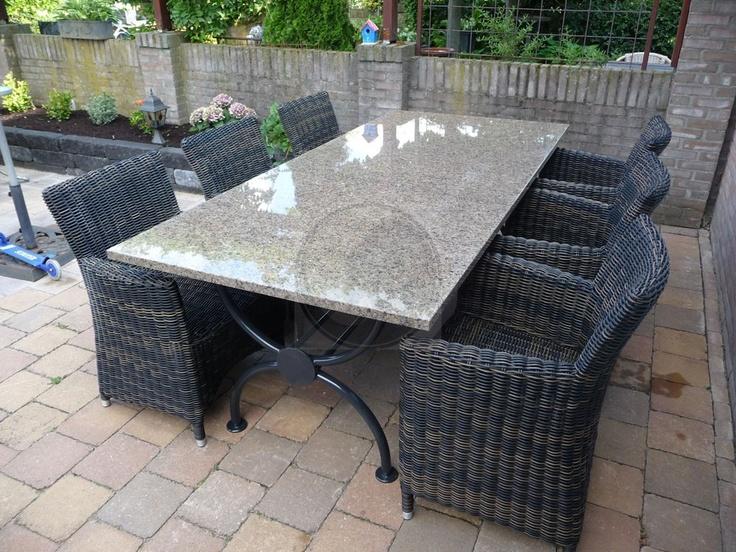 Bruine granieten tuintafel (gepolijst) met zes stoelen