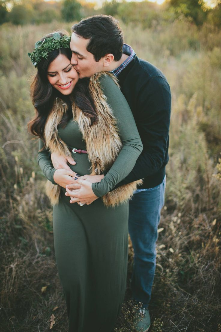 Christmas maternity shoot