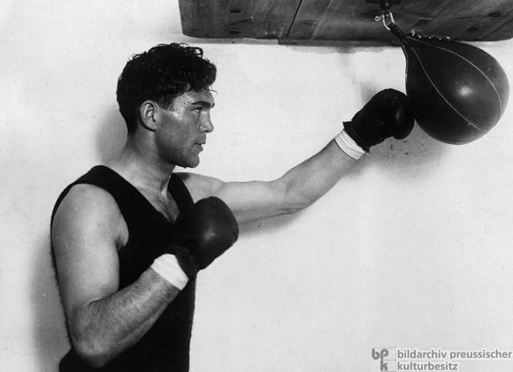 Max Schmeling Trains (1931)  Boxing became a mass sensation in the 1920s and, for a time, Max Schmeling (1905-2005) was the most popular boxer in Germany. For many Germans, boxing represented the rejuvenation of heroic male competition. The boxer evoked the Greek physical and spiritual ideal, but he was also modern – hard, clean and fast.
