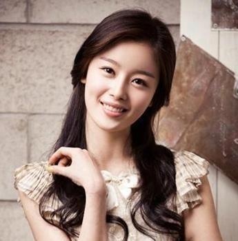 Han Sunhwa (Maknae of) and my bias of the group Secret