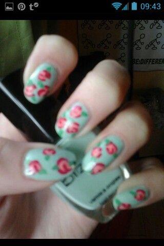 Rose art nails ♡