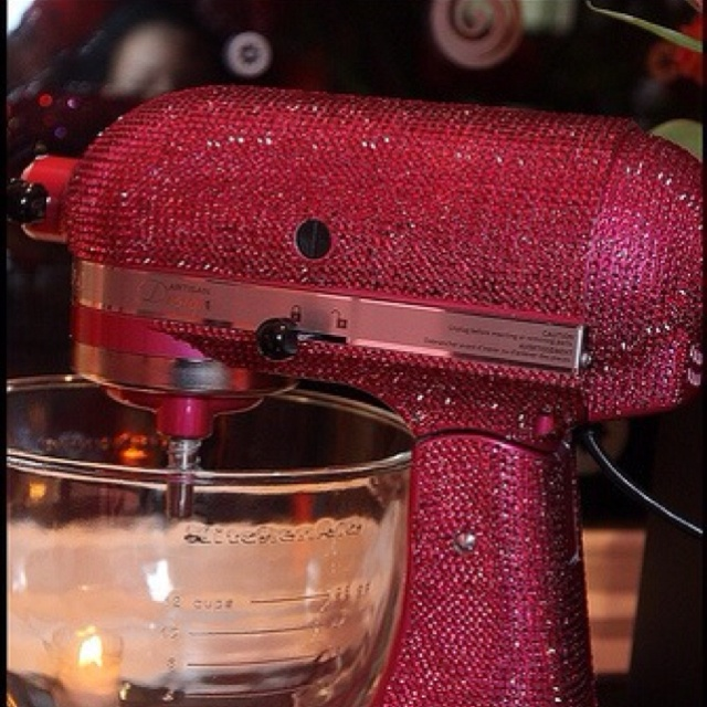 All my kitchen appliances with be pink bedazzled one day, that's a promise (;
