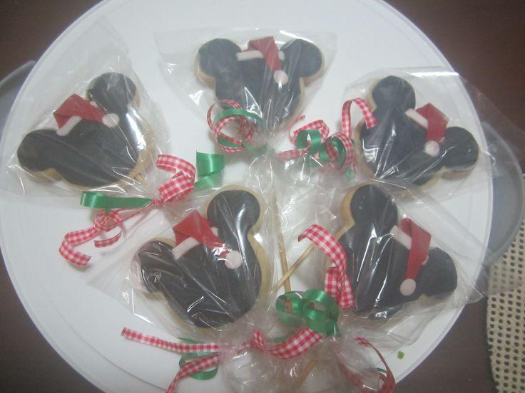 Xmas Mickey Cookies/ Galletas de Navidad de Mickey / Creaciones Reina Sofia / Ciudad Ojeda