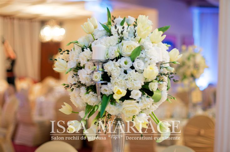 Aranjament floral botez sfesnic inox cu suport lumanari IssaMariage 2017