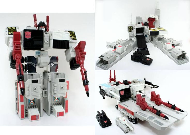 Metroplex, a giant Autobot that transformed into a city and a mobile battle platform, from the first generation of Transformers toys