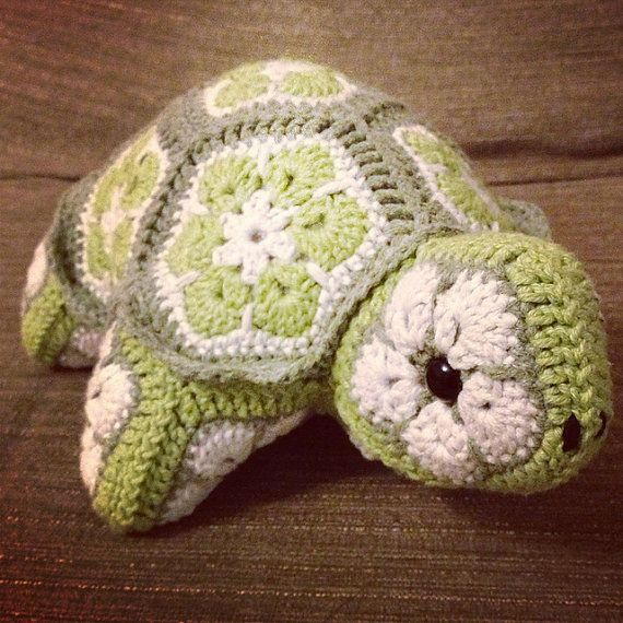 Darwin the African Flower Tortoise Crochet Pattern (PDF download)