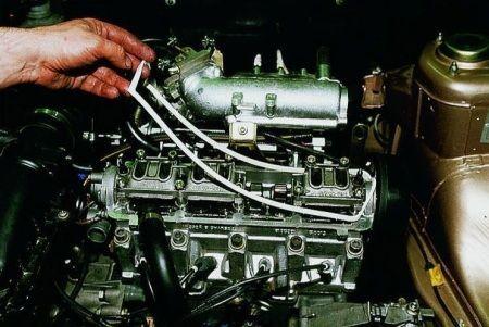 Замена прокладки клапанной крышки : замена сцепления , ремонт кпп ,замена ремня грм, ремонт акпп Автосервис в Подольске