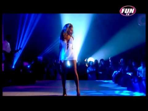 I LOVE her dress in this Beyoncé Live - Naughty Girl - Perfect HD!!+Lyrics - YouTube