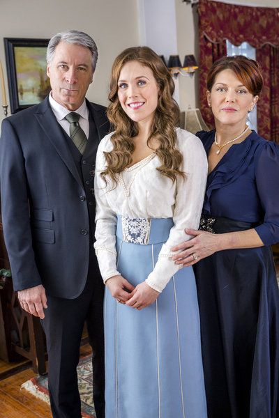 when calls the heart season 2 boxed set - DVD Image