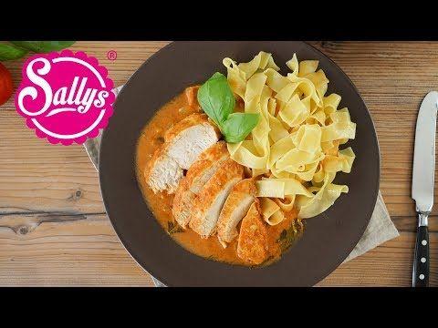 Sallys Rezepte - Hähnchenbrust in Basilikum-Tomatenrahmsoße