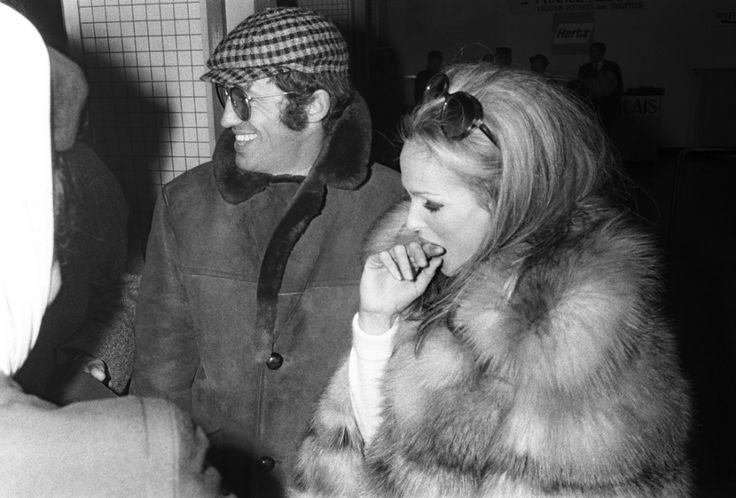 Jean-Paul Belmondo and Ursula Andress, 1960s (930×630)