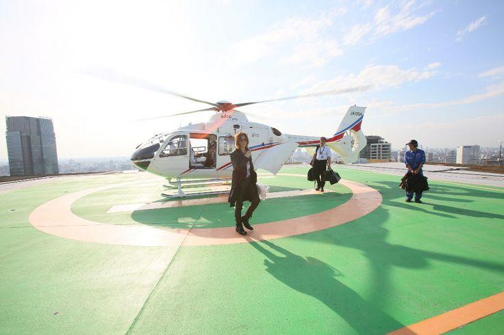 YOSHIKIが凱旋帰国の拡大画像 - ワールドツアー日本公演を控えたYOSHIKIが日本へ凱旋帰国!