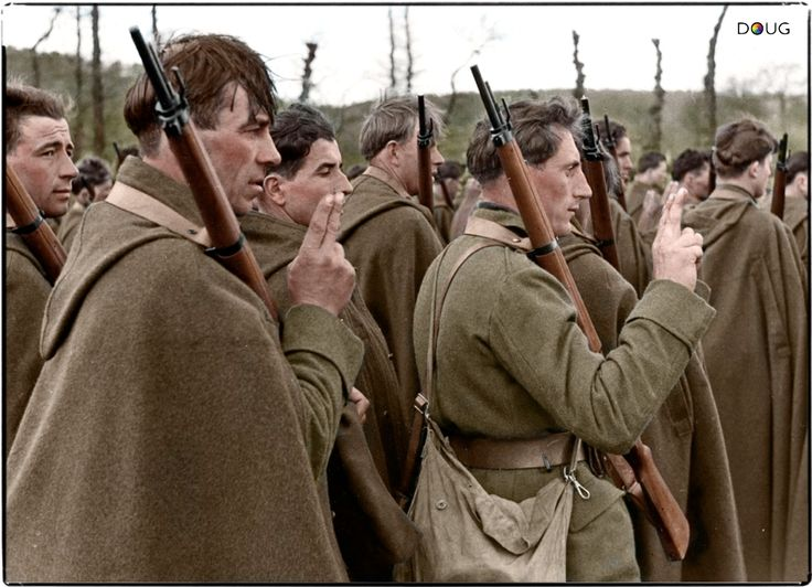 Polish soldiers of the Independent Podhale Rifle Brigade taking the oath in Malestroit, Brittany, France. April 10, 1940.