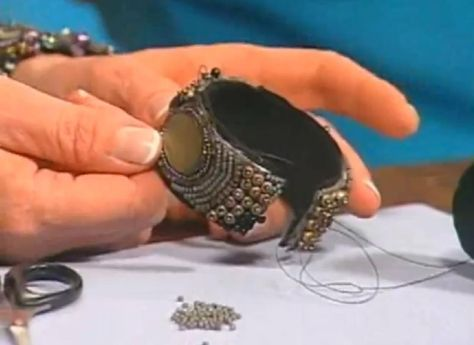 Video: Sherry Serafini make a bead embroidery bracelet. #Seed #Bead #Tutorial