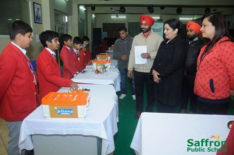 #Competition of #Robot #Formation was held in #Saffron_Public_School, Phagwara. Jaideep Singh, Harnoor Saroya stood first in Junior category. #Saffronians invented a Car which can recognise directions. Competition for compiling robots was held in S.P.S. (IV to VIII). It will improve their capability inn Maths and Science. All the students participated with great enthusiasm. Children were divided in three categories : Junior, Middle and Senior.