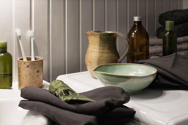 objetos de aseo de un piso en el casco antiguo