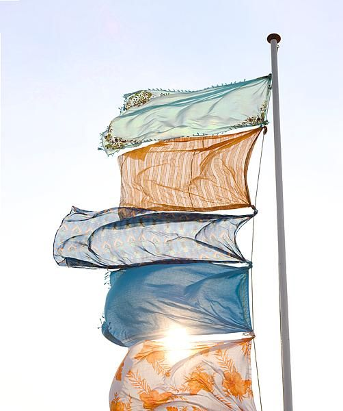 Flags in the garden. Photography Kim Timmerman: Photography Kim, Photo Style, Life Inspiration, Gardens Flags, Beaches Flags, Flags Pole, Design Home, Summer Photography, Potrzebi Piękna