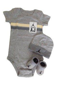 Harga Harga Sepatu - Nike Jordan Bayi Bayi Baru Lahir pakaian bayi 3 Pcs Set 0-6 Bulan dan Cellphone Anti-debu Plug | Pusat Sepatu Bayi Terbesar dan Terlengkap Se indonesia http://pusatsepatubayi.blogspot.com/2013/07/harga-harga-sepatu-nike-jordan-bayi.html