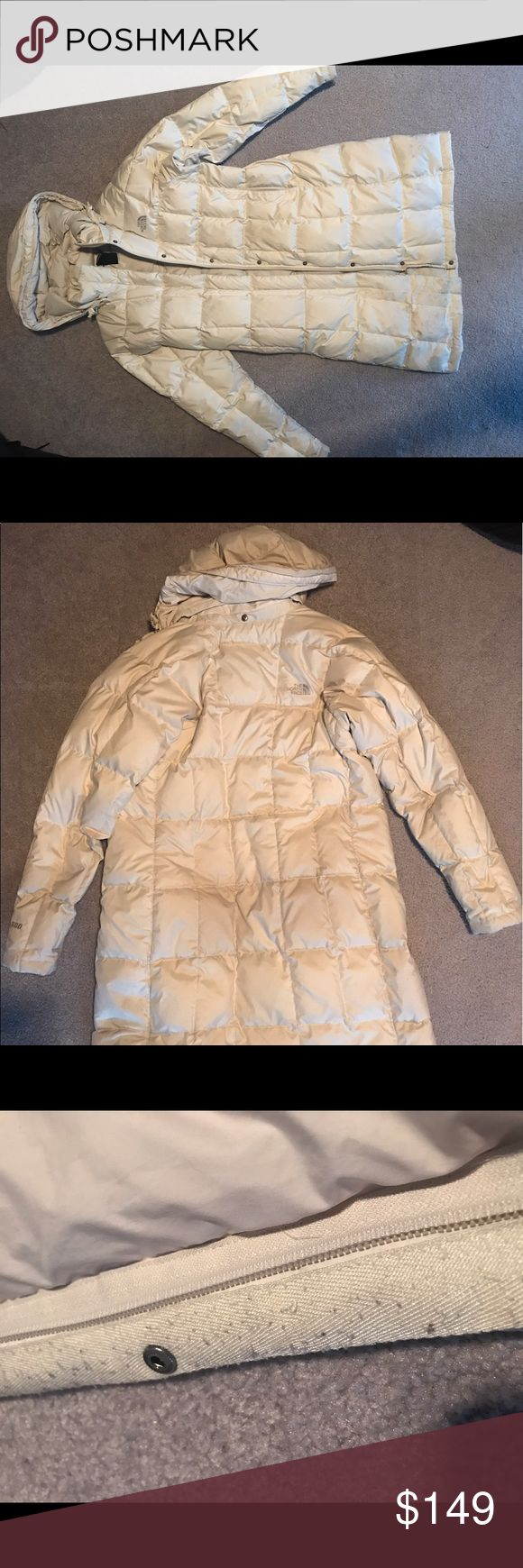 ‼️SALE‼️North Face wintercoat parka medium puffer Cream/white winter coat parka. Super warm and cozy winter coat. Get it now before prices go up in fall! Tried to show pilling on inside zipper. Detachable hood included. Offers welcome! The North Face Jackets & Coats Puffers