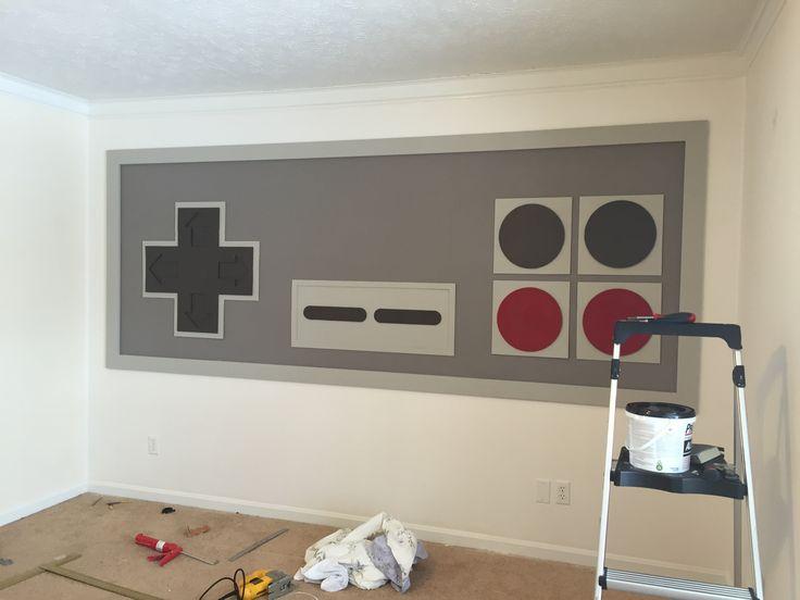 Hij maakt een groot Nintendo controller aan de muur en dan komt de kast aan de beurt! Wat een gave kamer! - Zelfmaak ideetjes
