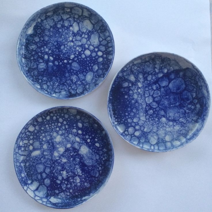 Small bubble glaze plates