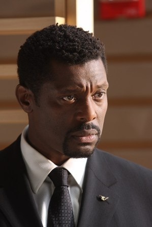 Born 12th June 1962  ~ Eamonn Walker as Battalion Chief Wallace Boden