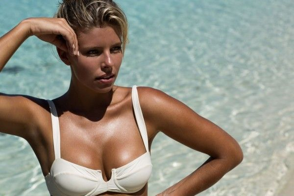 natasha-oakley-and-devin-brugman-monday-swimwear-2015-collection_2
