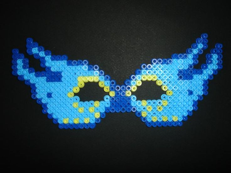 Mask hama perler by Isabelle8119