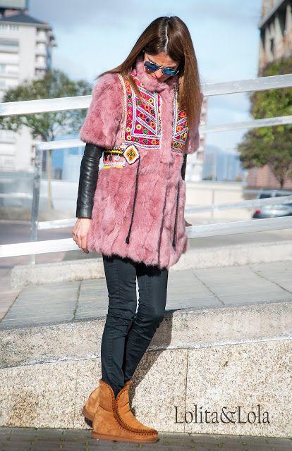 cubrebotas boho chic denim capazo strawbag  moda  Boot cuffs fashion accessories alaolita&Lola: Chaleco de pelo en piel de conejo con apliques de ...