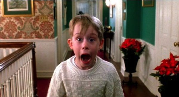 best 10 holiday movies- YES home alone is on my list to watch, i haven't seen this in YEARS