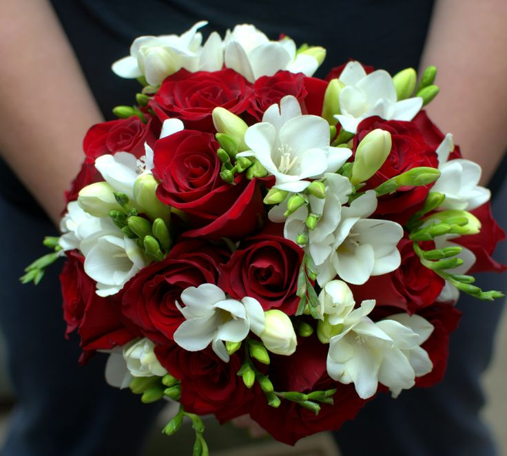 red rose and white freesia bridal bouquet flowers. Black Bedroom Furniture Sets. Home Design Ideas