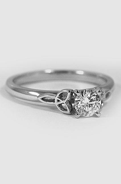Platinum Celtic Love Knot Ring