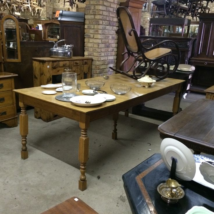 SOLD! British cottage oak extendable table with extensive restoration