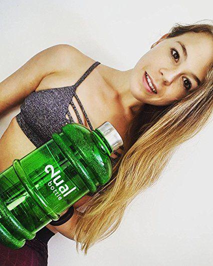 Dual Bottle / Water Jug / 2.2 Liter / Wasserflasche / Trinkflasche / Perfekt für den täglichen Wasserbedarf / Ideal für Training, Fitness und Sport / Wasser-flasche / Gallon / Water Gallon / Wasser Gallone / Wasser Gallon / Optimale Wasserdosis über den Tag hinweg (Blau): Amazon.de: Drogerie & Körperpflege