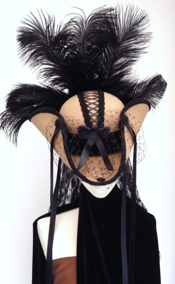 Steampunk corset pirate hat cream & black by Blackpin | Smoked Glass Goggles