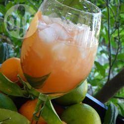 Foto de la receta: Ponche de tres jugos y vodka