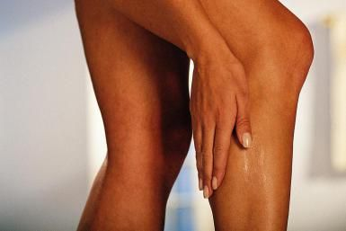 calf pain - Comstock/Stockbyte/Getty Images