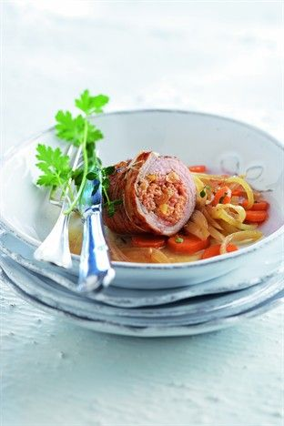 Paupiettes de veau aux pignons de pin - Larousse Cuisine