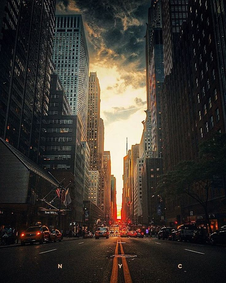 NYC. even in the middle of the road, it's not middle of the road. -S.E. by @vimarovi