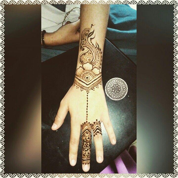 17 terbaik ide tentang desain henna di pinterest. Black Bedroom Furniture Sets. Home Design Ideas