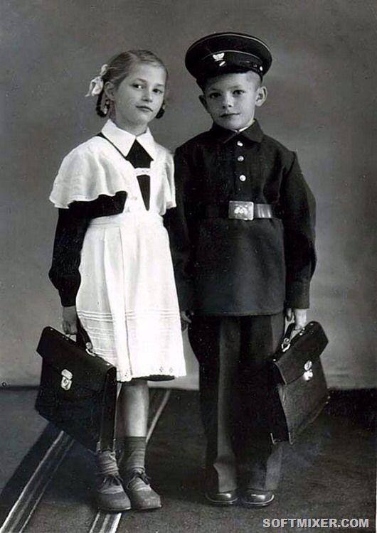 Soviet school uniform