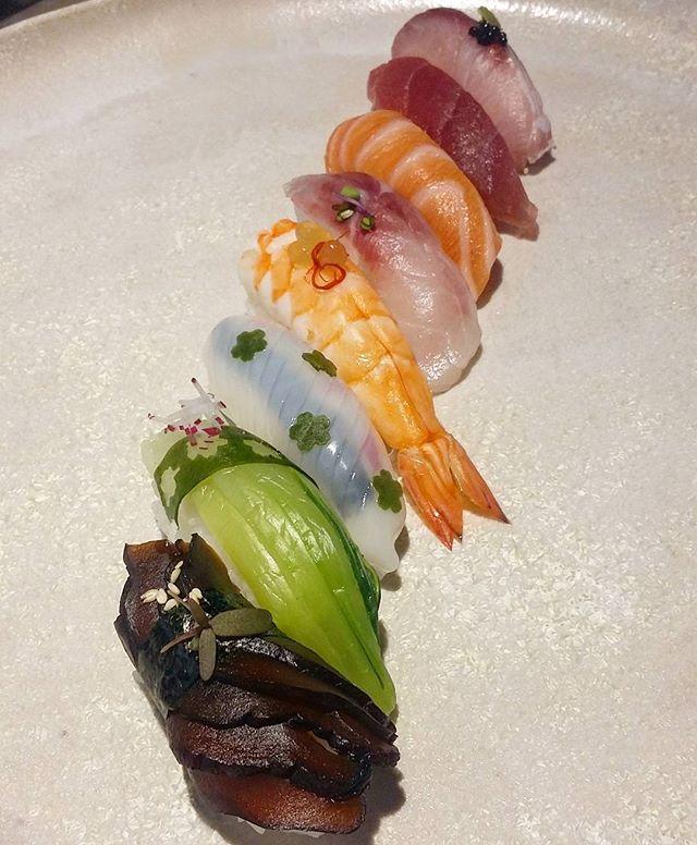 #nigiri#sushi#sushitime#sushilovers#sushichef#cheflife#cheflifestyle#sushibar#sushiwarszawa#łosoś#tuńczyk#seriola#krewetka#kalmar#pakchoy#shitake#food#foodlovers#thefishmovement#mizu###