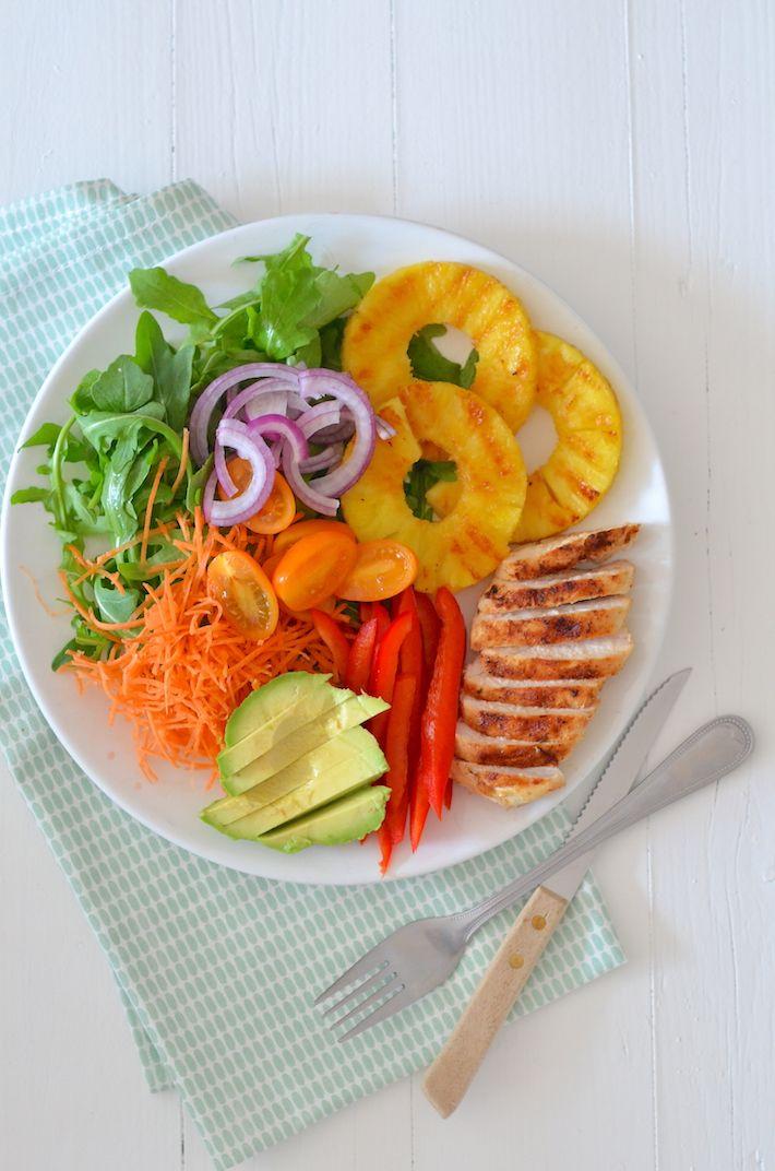 Salade met gegrilde ananas