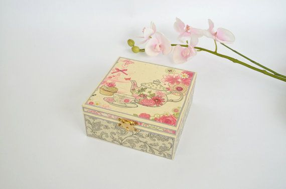 Decoupaged tea box  Valentines Day gifts  Gift ideas  by LekaArt