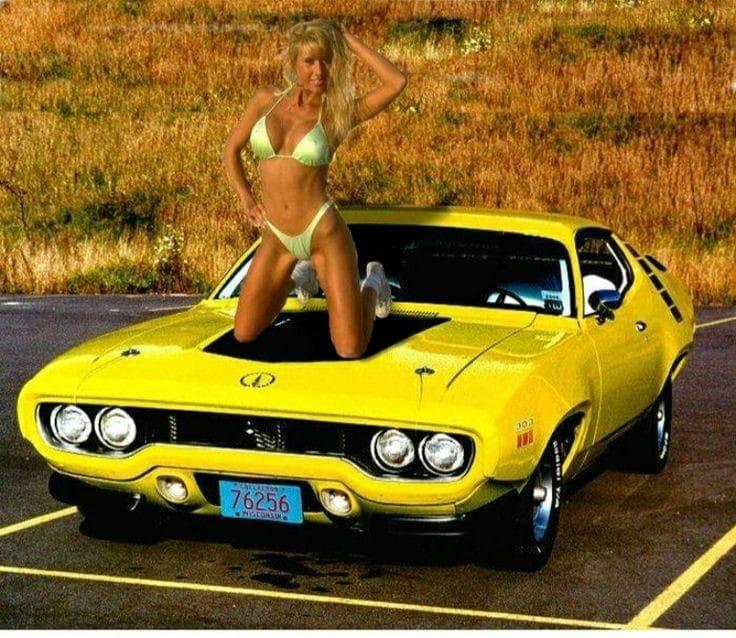 Pin on Babes Cars Motors Pinups