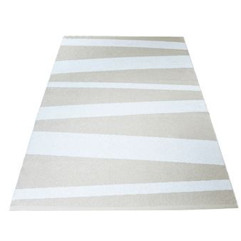 Decorate your living room with this stylish living room rug in plastic from the Swedish company Sofie Sjöström Design. The carpet is made in Sweden of PVC foil and warp that gives it a classic and expressive look. Also available in smaller sizes.